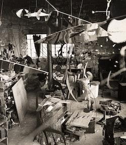 Calder's Roxbury studio, 1941. Photo credit: Herbert Matter.