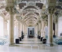 """Candida Hofer, """"Musée du Louvre Paris IX"""" (2005). C-print, 200 x 239 cm. Courtesy Sonnabend Gallery."""
