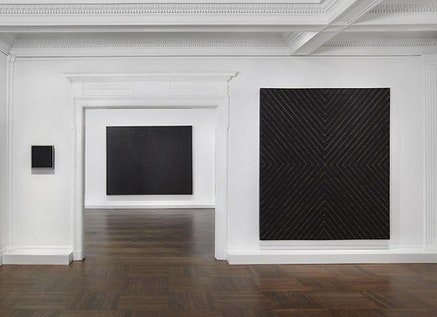 Frank Stella. Installation view. Tom Powell Imaging Inc. Courtesy L&M Arts.